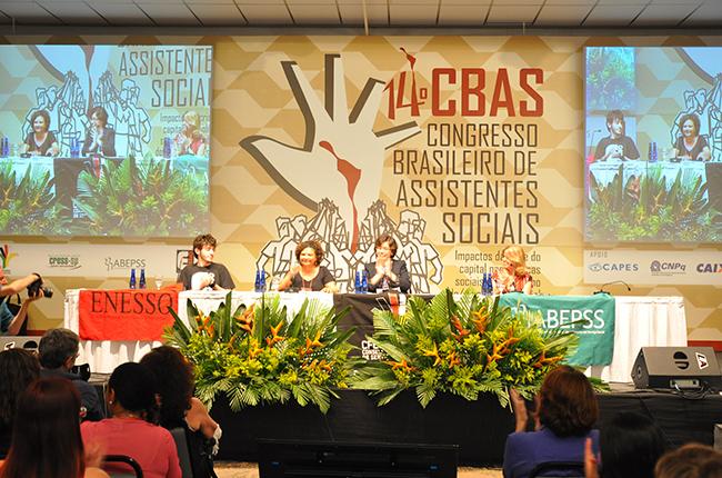 Mesa de abertura do 14º CBAS reuniu as entidades organizadoras (foto: Rafael Werkema)
