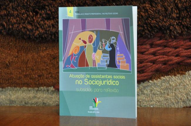 Imagem da nova publicação sobre o sociojurídico