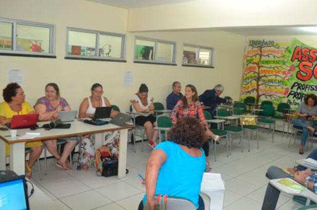 Imagem da reunião entre o CRESS-CE e o CFESS em Fortaleza