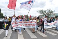 Assistentes sociais e estudantes clamam por direitos na Marcha de Brasília