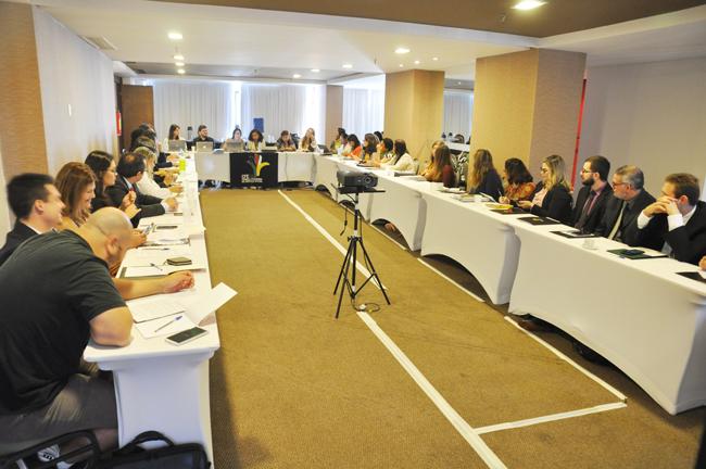 Imagem mostra encontro das assessorias jurídicas do Conjunto CFESS-CRESS