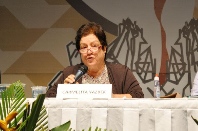 Também na conferência de encerramento, professora Carmelita Yazbek (foto: Rafael Werkema)