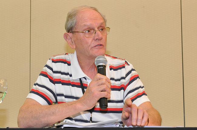 Imagem mostra o assistente social Jorge Krug