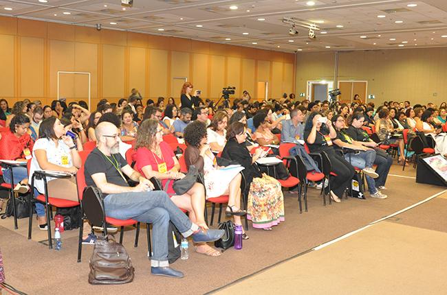 Participantes do 46º Encontro Nacional lotam o auditório no primeiro dia de evento