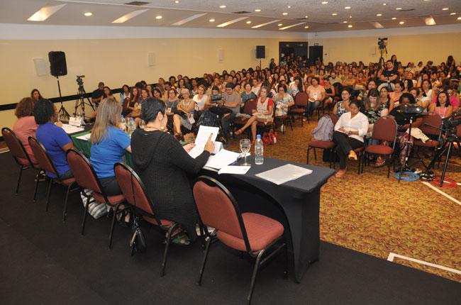 Imagem do público no ultimo dia de seminário