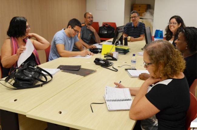 Imagem da reunião entre o CFESS e o Sinasefe Nacional, em Brasília