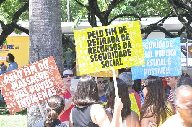 Imagem da manifestação ocorrida durante o 15º CBAS, em Olinda