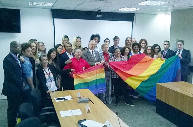 Imagem da posse do CNCD/LGBT