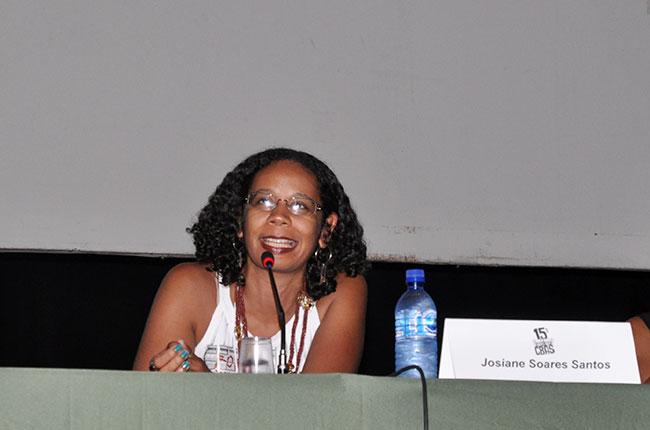 Imagem da conselheira do CFESS Josiane Soares, no encerramento
