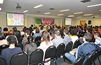 Seminário debate a atuação de assistentes sociais no atendimento à população trans