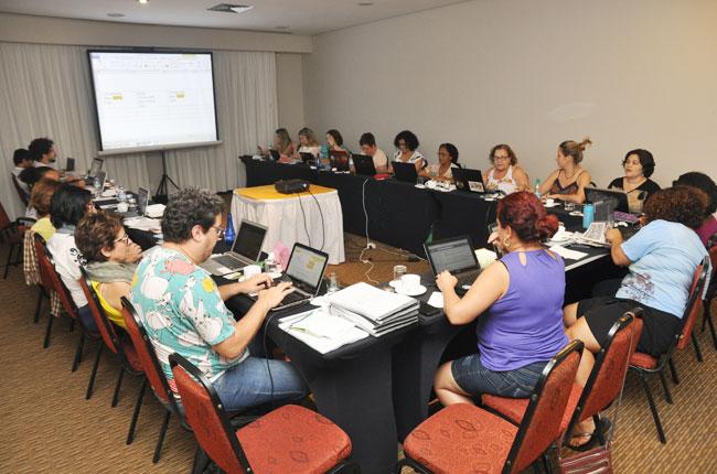 Imagem da reunião do Conselho Pleno do CFESS em Cuiabá