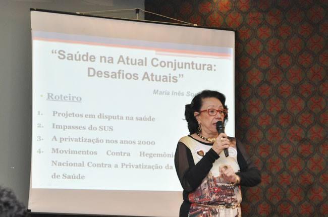 Professora Inês Bravo fala sobre a atual conjuntura na Saúde pública brasileira