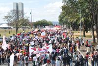 Assistentes sociais e estudantes: participem da marcha unificada, em Brasília!