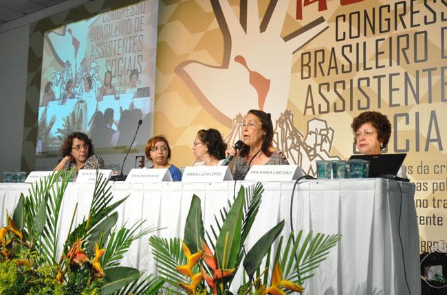 O trabalho de assistentes sociais na previdência social também foi assunto de palestras (foto: Rafael Werkema)