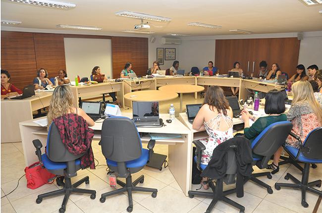 Imagem da gestão do CFESS reunida em Conselho Pleno