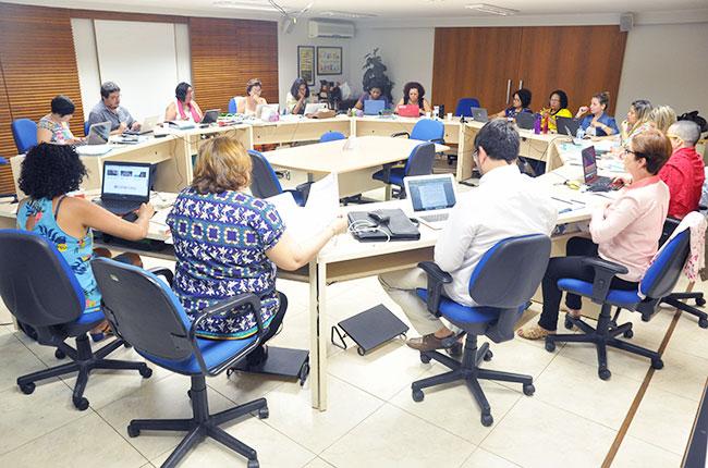 Imagem da gestão do CFESS reunida para o Conselho Pleno