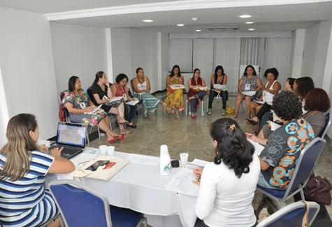 Foto do trabalho em grupo durante a Plenária Nacional sobre o trabalho do assistente social no SUAS